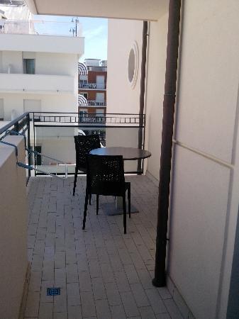 Furto appartamento speculare da terrazza antifurto casa - Antifurto casa migliore ...